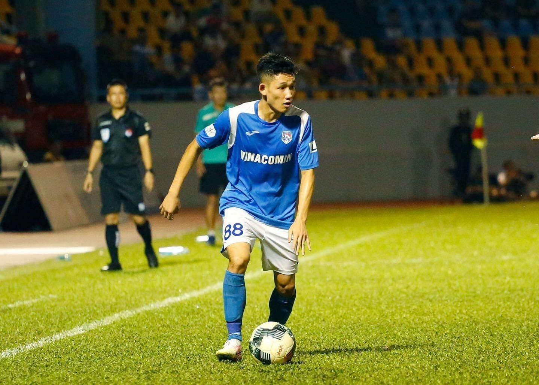 CLB Hà Nội đang để mắt đến tiền vệ Nguyễn Hai Long