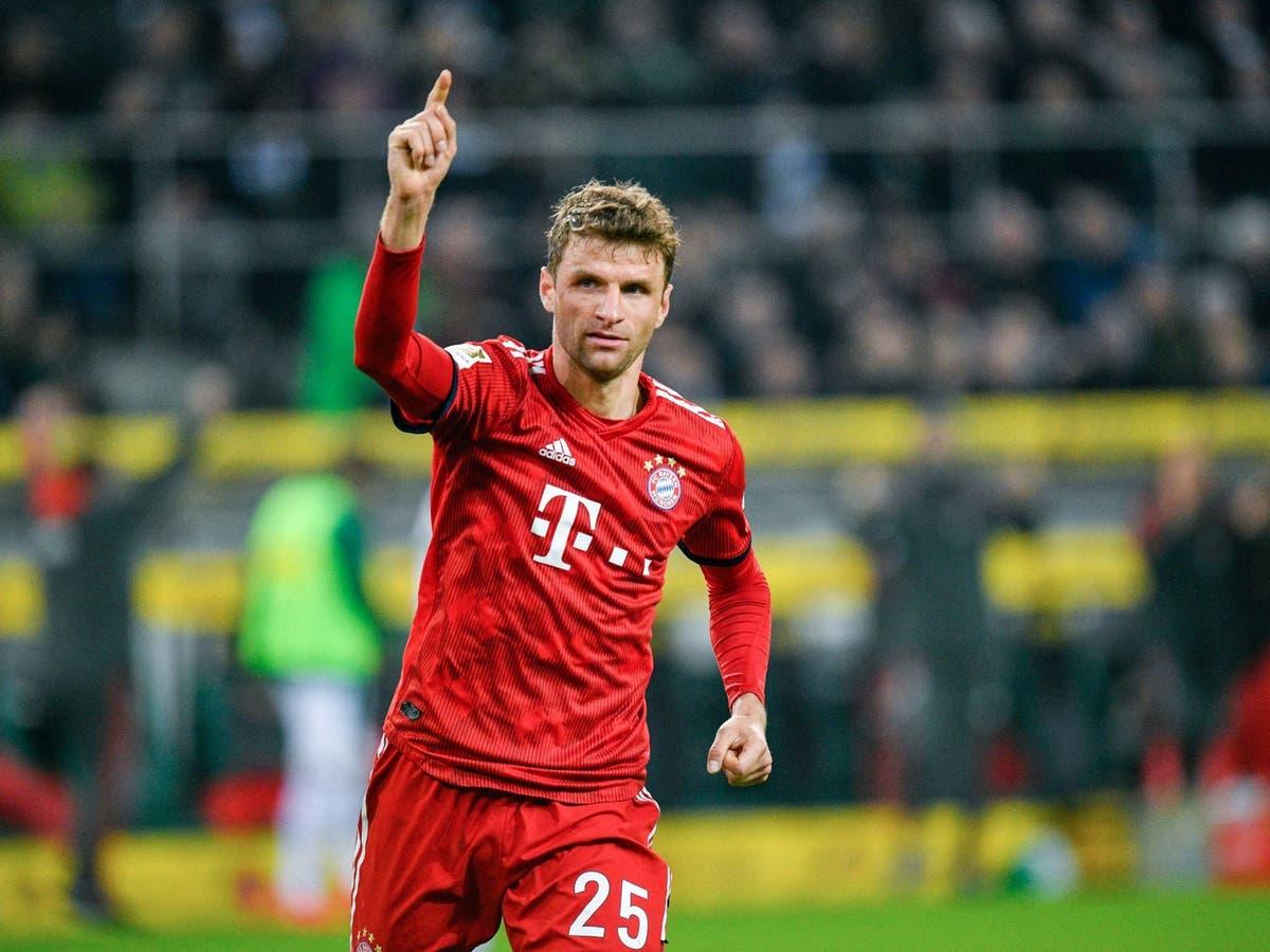 Thomas Muller bảo vệ Bayern Munich
