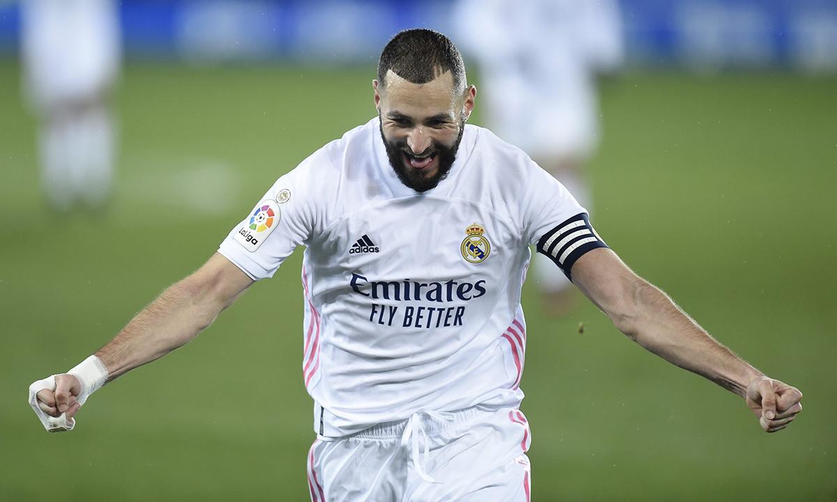 Karim Benzema dẫn đầu cuộc đua danh hiệu Pichichi tại La Liga 2021/22