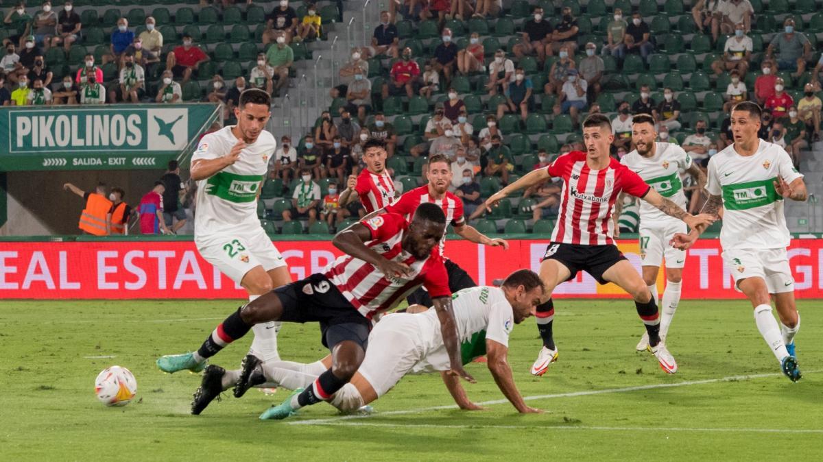 Elche - Athletic Bilbao: Fidel bị từ chối bàn thắng vì lỗi việt vị