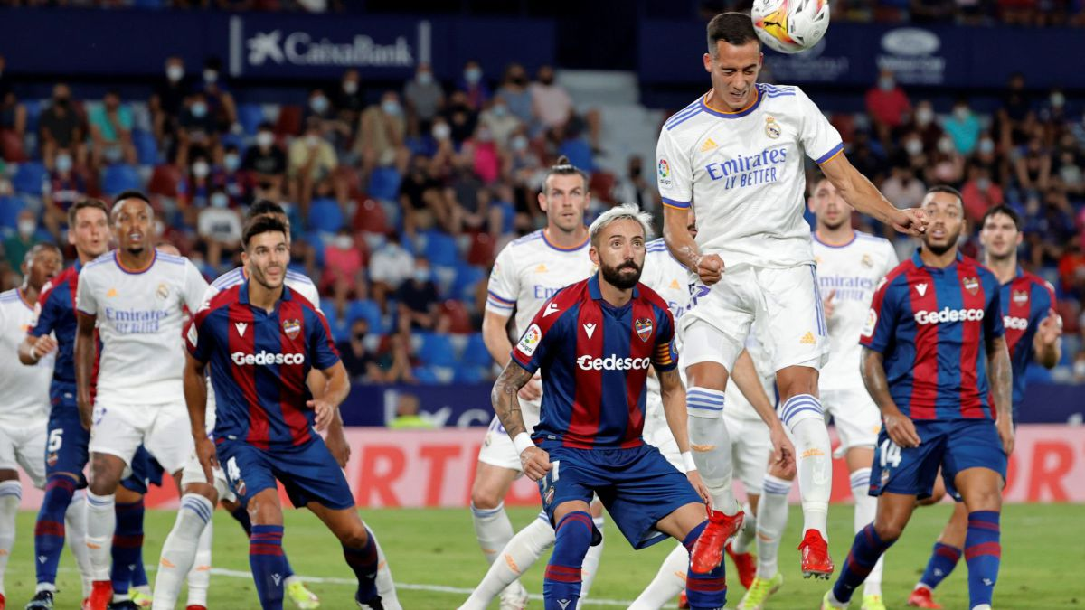 Xem lại màn rượt đuổi tỷ số hấp dẫn giữa Levante và Real Madrid