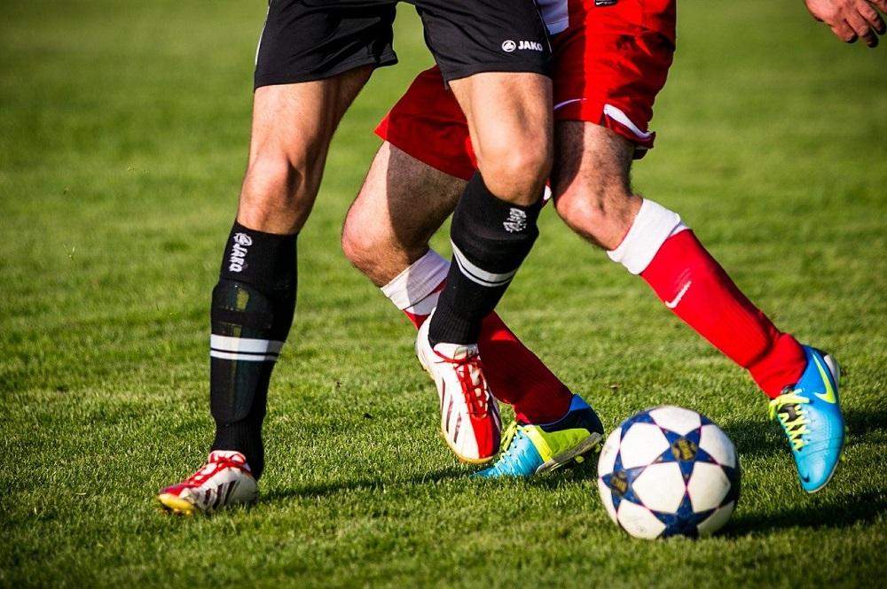 Phồng rộp chân khi đá bóng